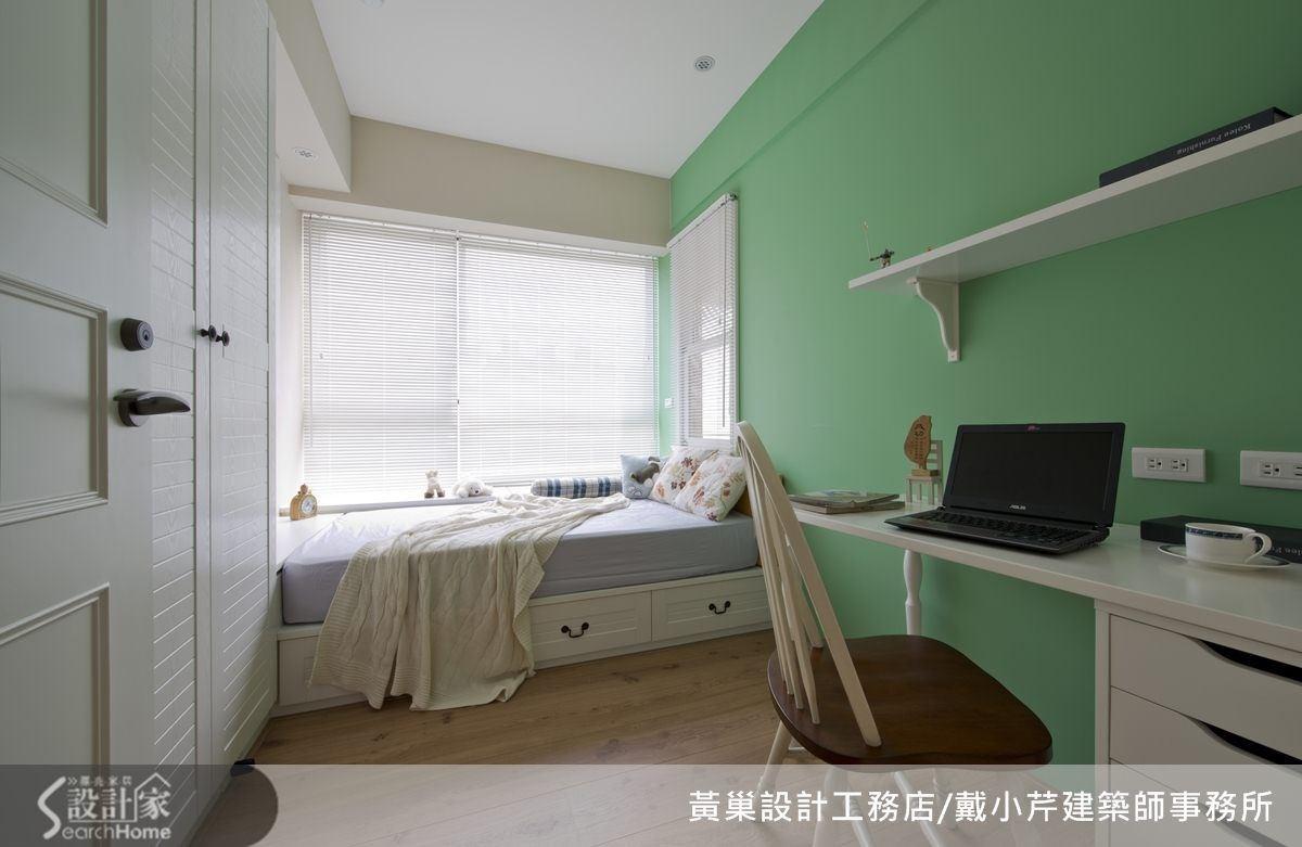 以青春無敵的綠色打造男孩房,展現活力十足。