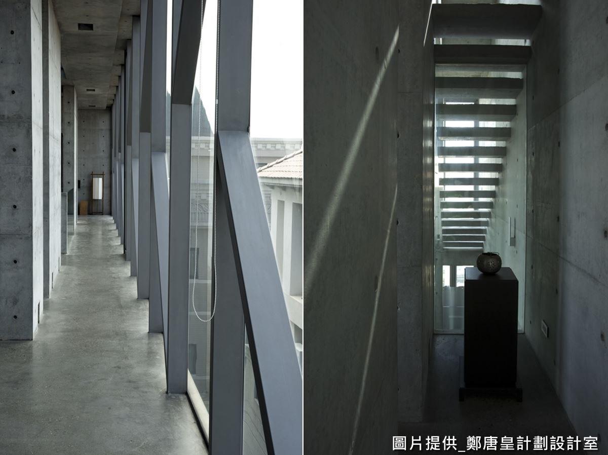 正好因為建築體為狹長形,所以沒有太多樑柱,造就極簡的居宅氛圍,並保有完整的清水模立面,透過這樣留白純粹的背景,正好可襯托空間中藝術品,成為最佳背景色。