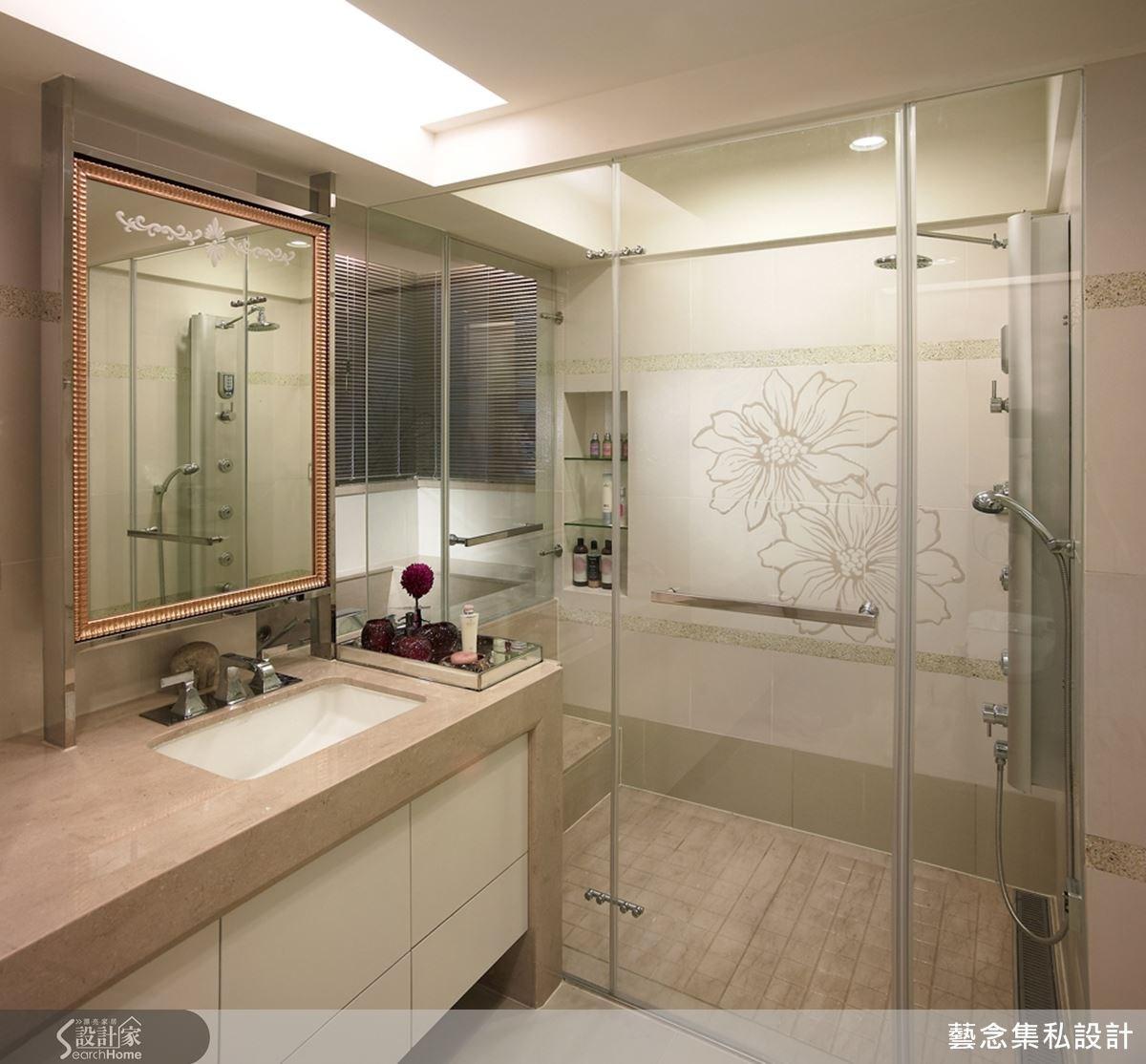 規劃後的主臥衛浴結合了乾濕分離的設計,在家也能享有頂級飯店般的沐浴享受。