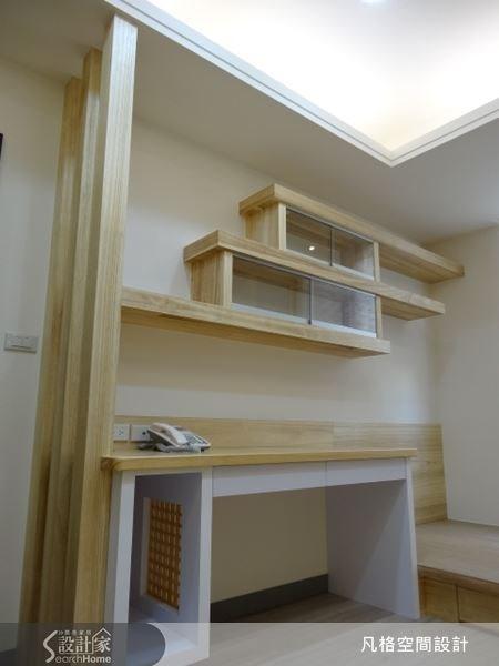 量身打造的木作設計,富有層次設計感,規劃出木質層板,就是陳列的好空間。