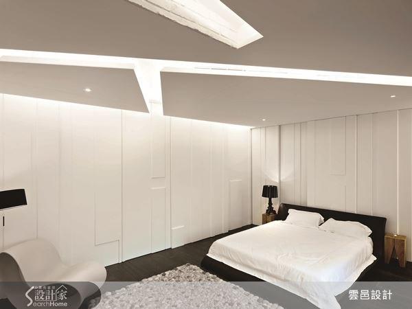 幾何線條的壁面,簡約不繁複,映襯出空間的時尚感。