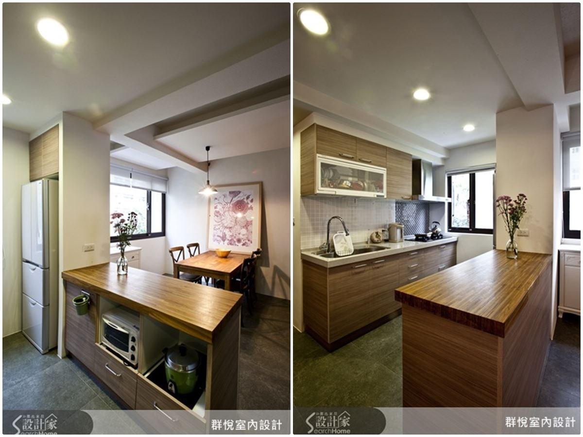 開放式餐廚空間,透過具有收納機能的中島來區隔,此外也將柱面增作冰箱收納,收納於無形的巧思,使空間活用更靈活。