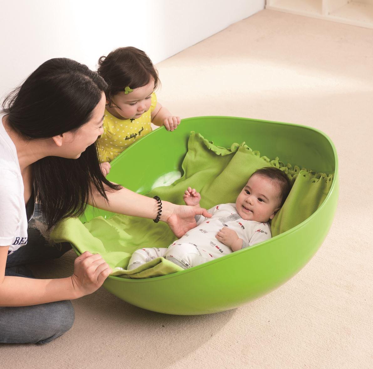 【搖滾陀螺】6個月大幼兒促進前庭平衡發展與肢體動作的協調度。