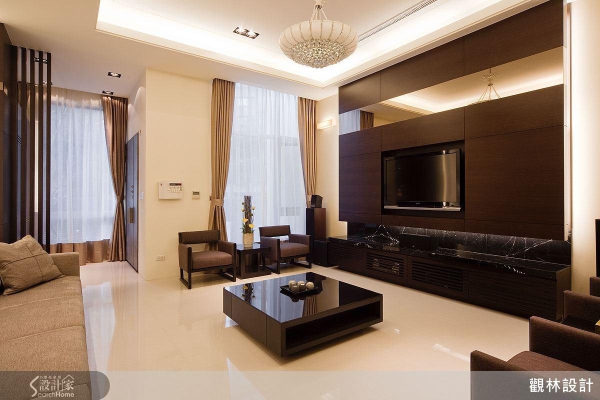 引進自然光的開放式空間與間接光源搭配出有如飯店般的享受。