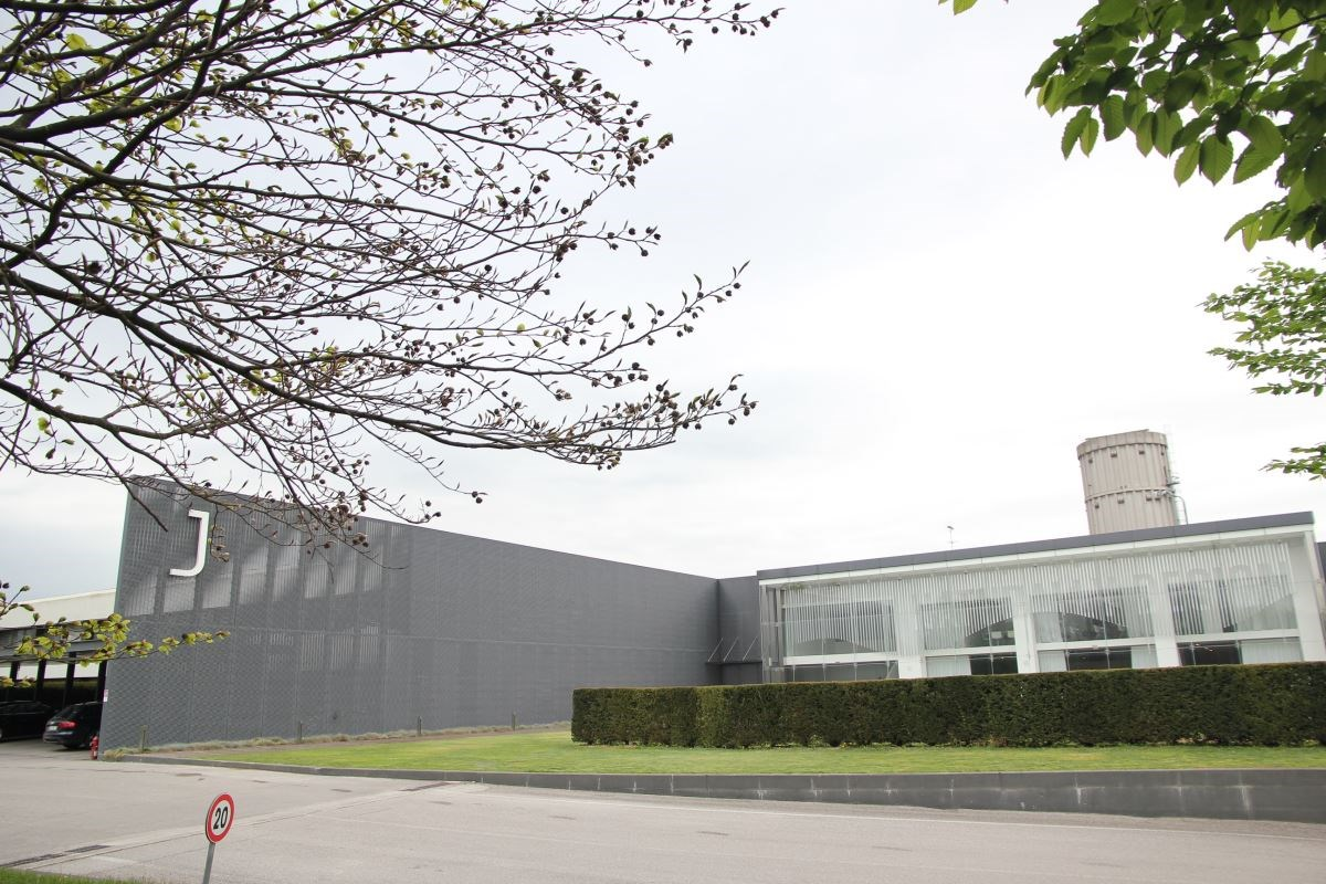 Jesse 的總部,至今仍設於當初創立時的義大利東北部威尼托 ( Véneto ) Francenigo 行政區內。