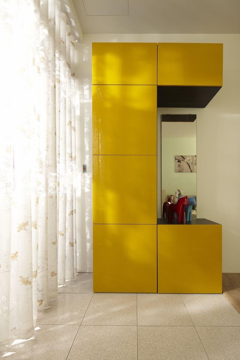 搭配家具家飾:BESTÅ 系統儲物櫃(有多種尺寸,門片可依需求自由搭配組合)