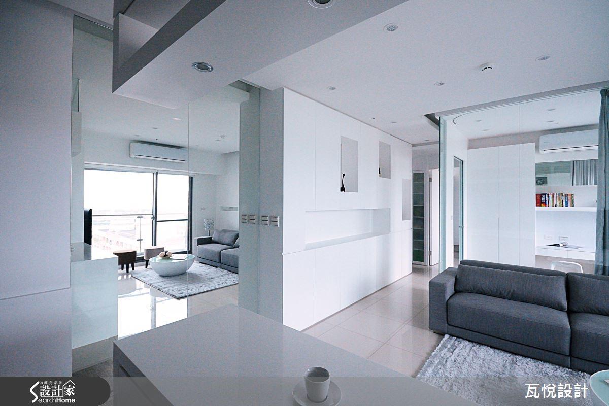 16.5 坪富藏 2 倍大的清亮明晰,舒適寬敞的空間感受。