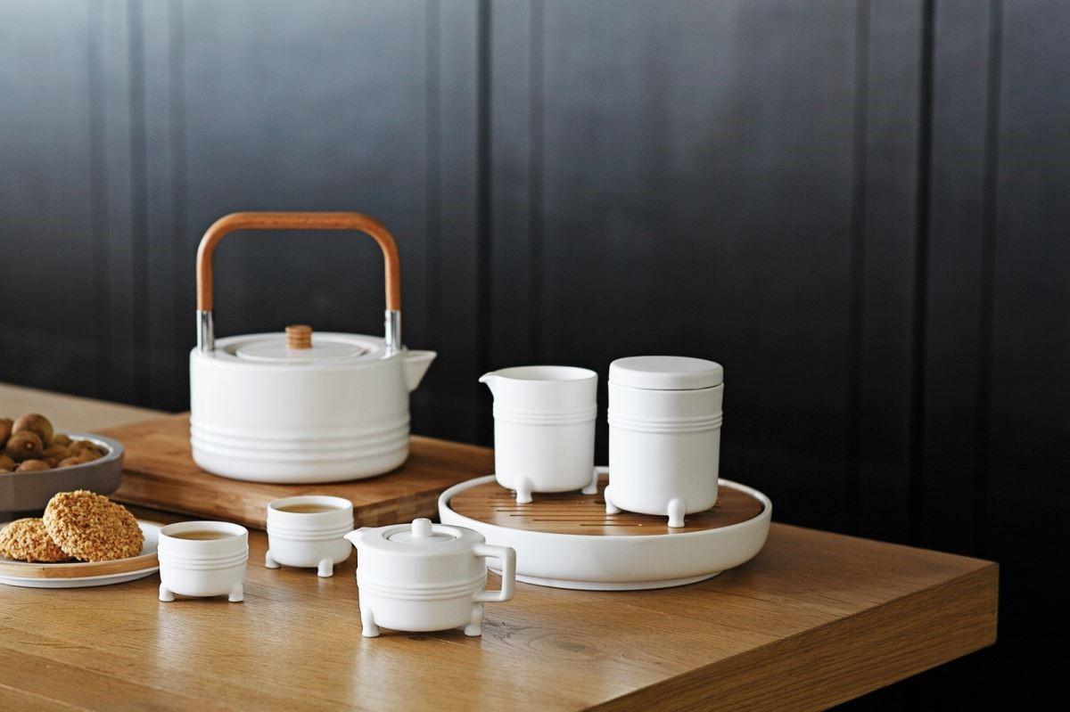 依現代生活習慣,塑造新東方美感的茶組設計。圖片提供_器研所