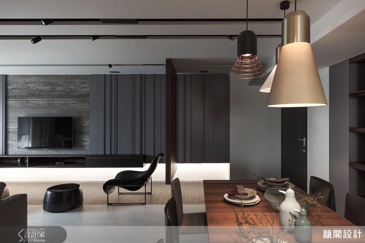 格局微調,讓空間更緊密,現代與溫馨兼具的材質選用,一次到位的軟裝佈置,找回家的暖度。