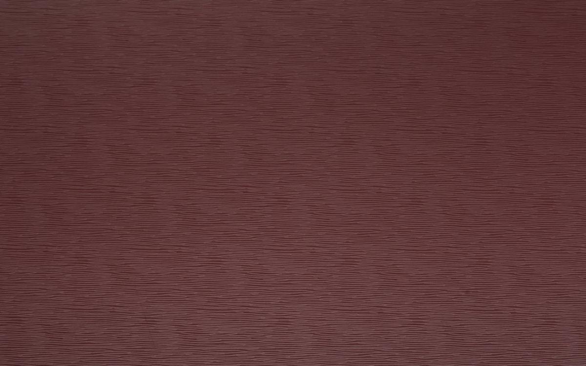 如同紅酒般溫暖而飽滿,有著濃郁的獨特風味,簡約又時尚的色調,充滿愉悅感,讓人心中有著暖暖的心意,而其棕紅色的底色則帶出了大地的沉穩,與其他顏色達到了平衡搭配 ( 圖片來源_伸保 )。