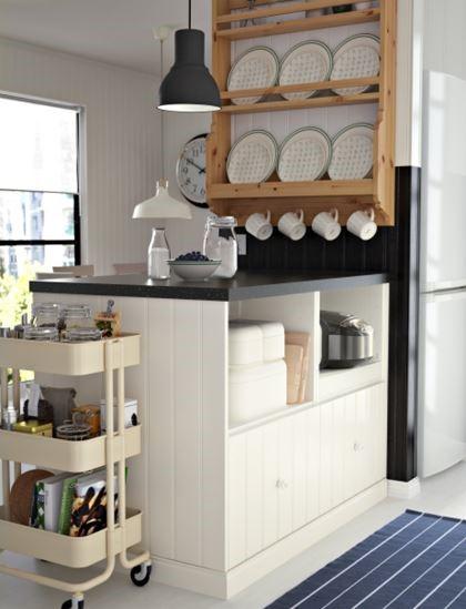 HITTARP廚房(含中島)NT$ 99,000(價格未含廚房三機)。
