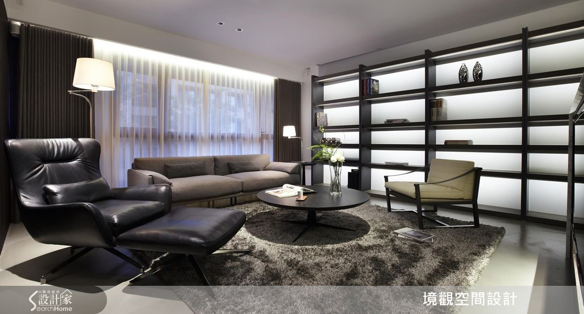 30坪空間,卻衍生出大尺度風範;透過開闊格局、自然光影等型塑敞朗視感,帶入具飯店般的時尚氣息。