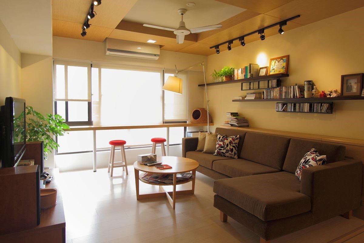 具有日系咖啡館風格的陳設計師自宅,選擇拿鐵色系的雙子星沙發系列,讓空間氛圍更完美。