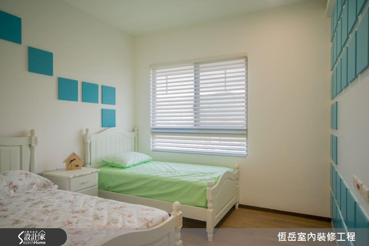特意規劃大主臥格局讓小孫子擁有獨立的睡眠區。