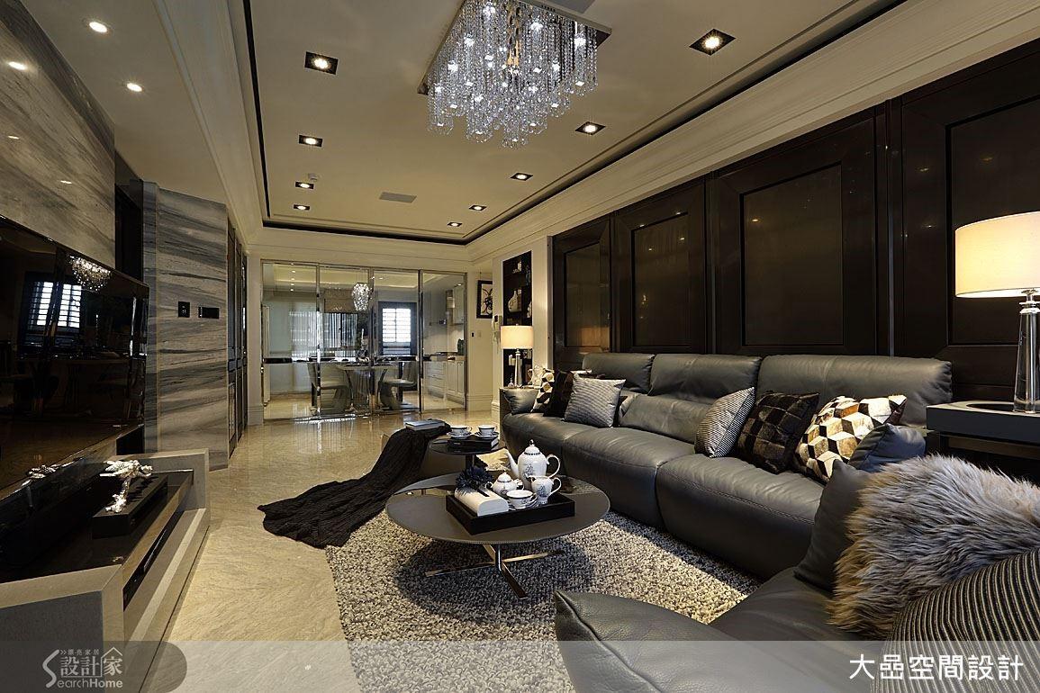 利用開放式手法,展開空間大尺度與寬闊舒適的感覺。