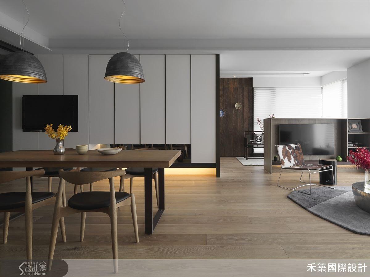 新舊並存,延續家族記憶的空間設計,在現代感之中,帶出家的暖度。