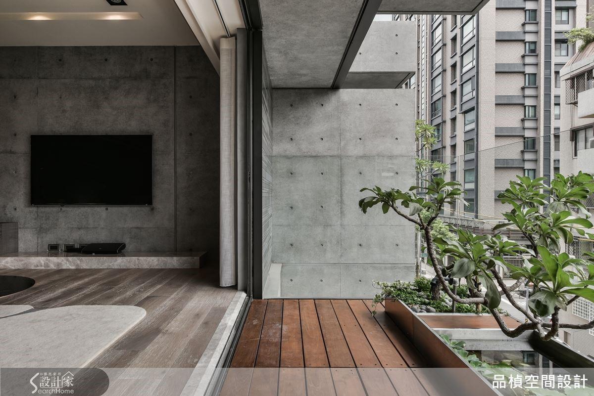 設計師擅長從多元角度思考全面性細節,讓空間因居者轉化,結合需求與創意、滿足機能同時也展現美學設計層次感。