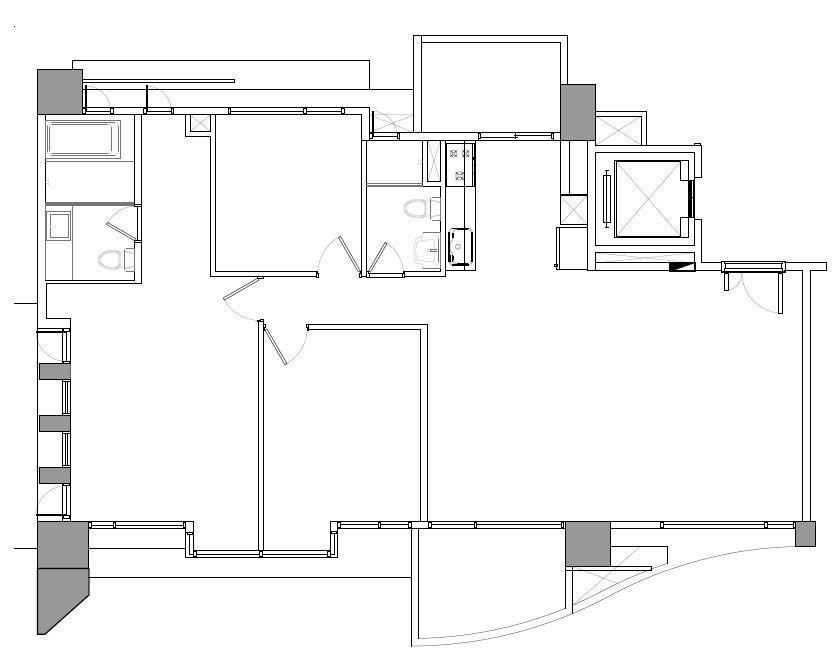 屋案改造之前,連接各房間的走廊原位在空間中央,成為一個狹長的區段;而且空間外側的採光也有部分被臥房遮蔽。平面圖提供_六相設計