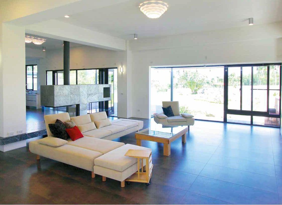 客廳是居家空間的重心,而沙發更是客廳最具視覺份量的家具!如果你已努力改變居家擺設卻還是感覺美感不對,那麼你需要一張好沙發提升整體品味!