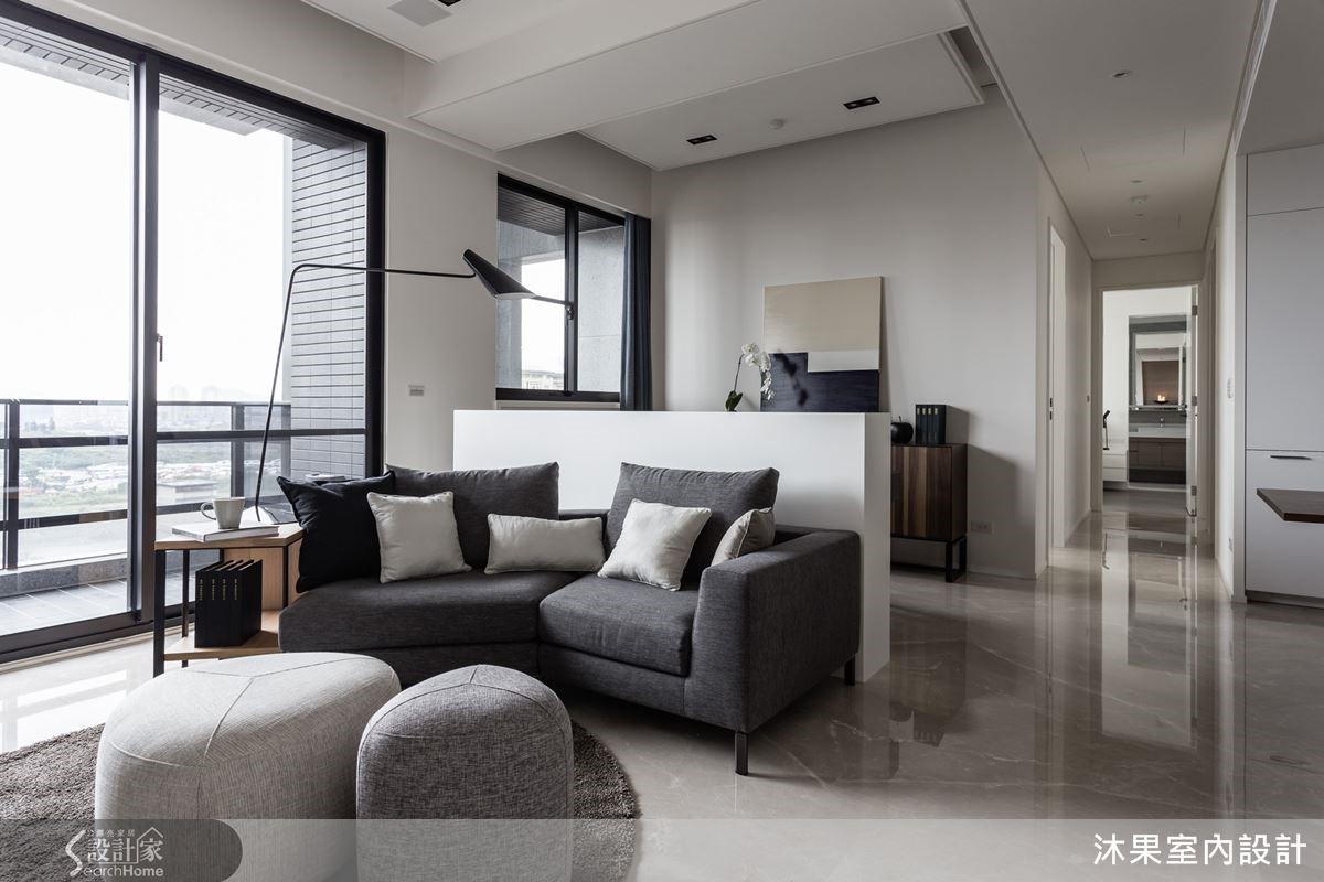 發揮寓所視野條件,納進風景採光,實現屋主夫妻對宅邸的美好想像。