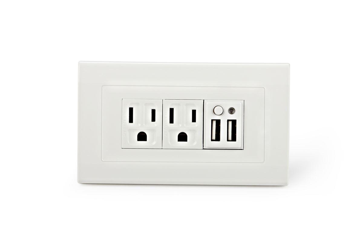 同時配有 USB 與三孔插座的 SMP-5-2PG-C,可一次滿足筆電、手機、平板與辦公事務機器的供電與充電。