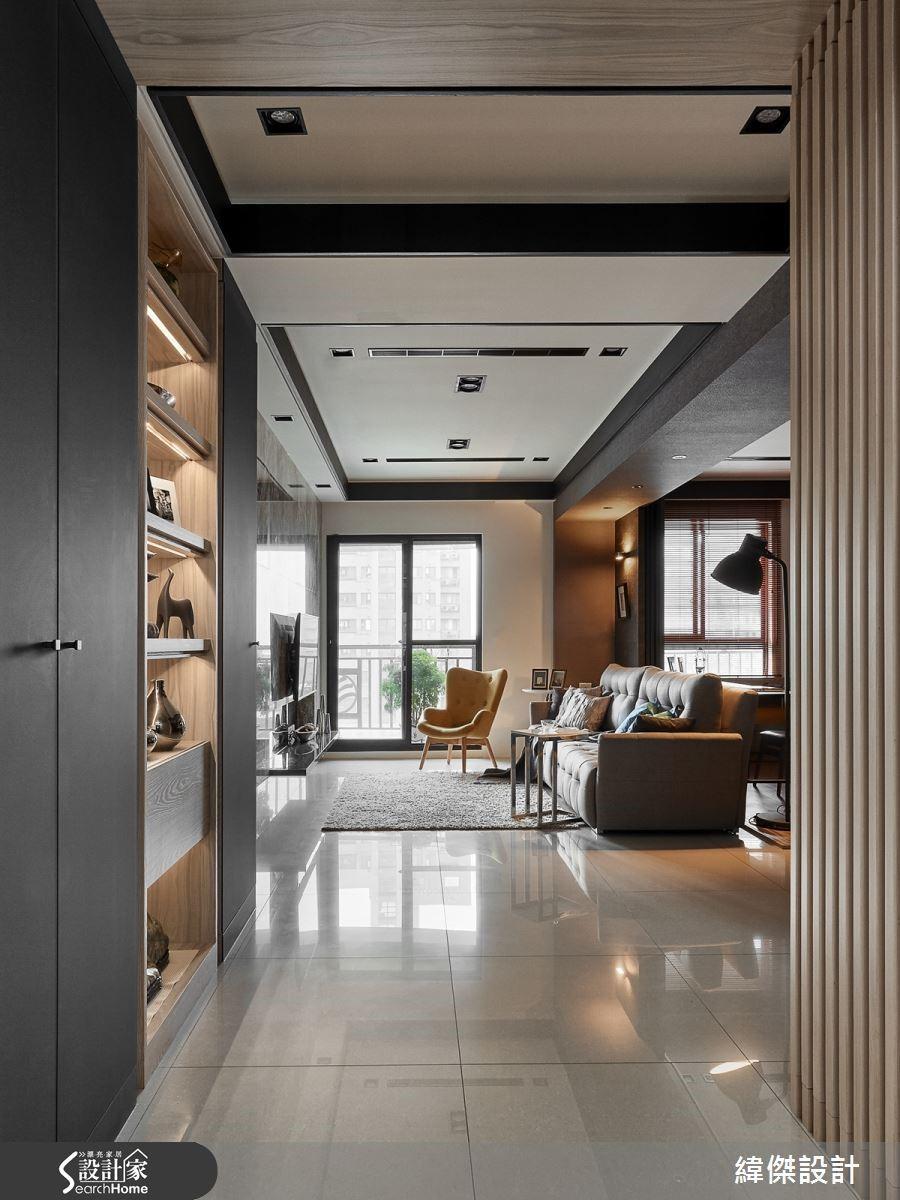 落地窗的光線引進貫穿整體室內區域,遼闊尺度具有放大空間的效果。