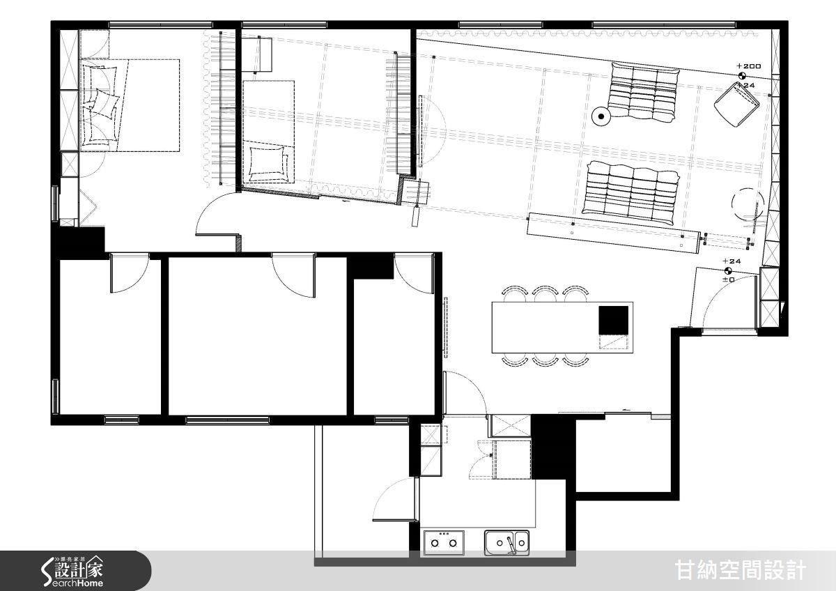 ▲設計師並讓「屋中屋」的骨架稍稍向中間偏移,化解了中央的走廊,同時拓寬客廳區域的尺度。