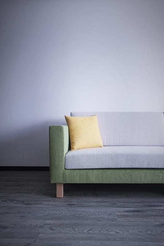 坐墊、背墊與基座分離的款式皆可以選擇兩種顏色或材質搭配,讓生活空間的色彩更加活潑。也可加購布套,隨季節更換,增添生活樂趣。(雙子星沙發)