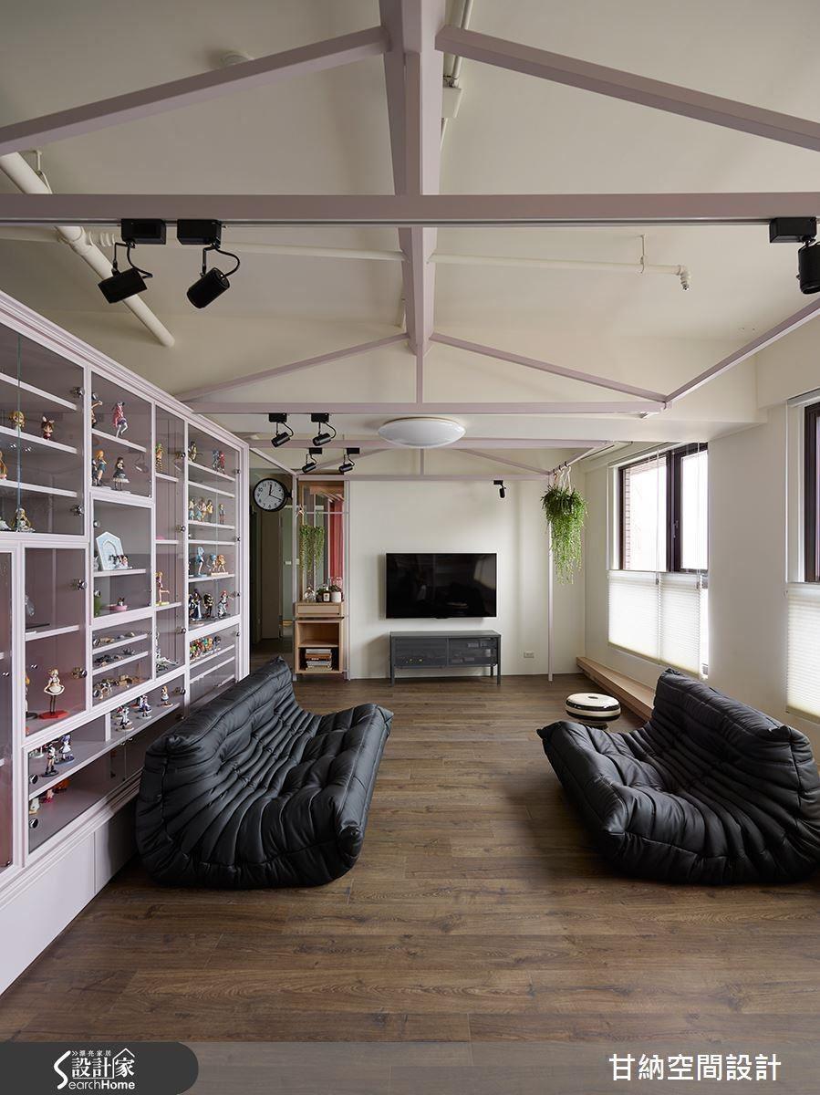 突顯收藏物品本身,空間仍須擁有自身氣韻,設計師選擇以具有器度而顯得大方的方式,在色調及線條之中取得平衡。