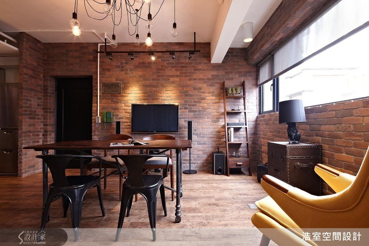家具家飾也是空間設計裡相當重要的環節,浩室團隊會依照家具家飾做出適切的設計。