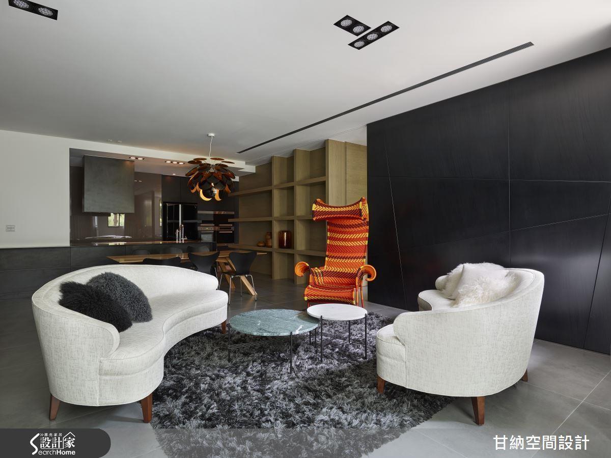 當牆面位於右側,即可為屋主畫出第 3 房空間。
