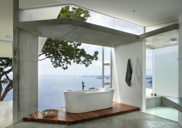 想要打造專屬夢幻衛浴,想要鋪設木地板不妨選用柚木或是經防水處理的南方松。