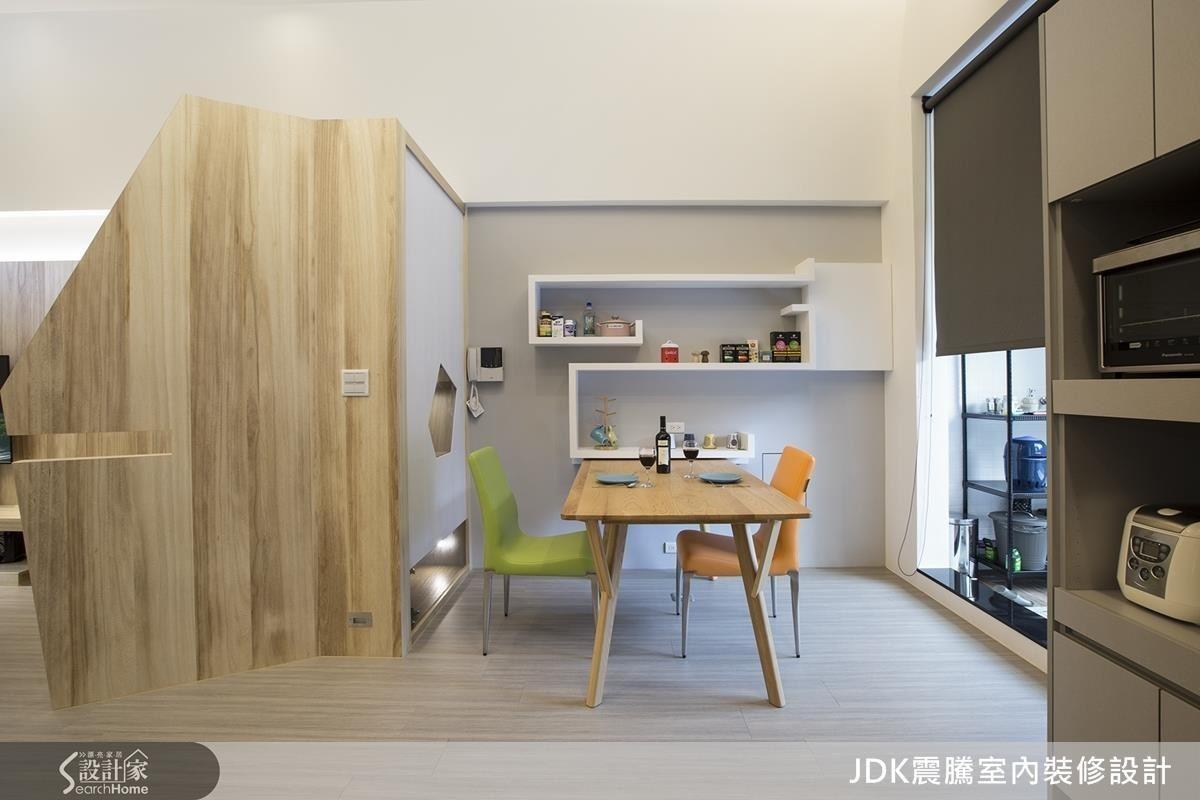 梧桐木材質輕軟,大面積使用也不易造成樓板負擔,更有自然樸實的質感。