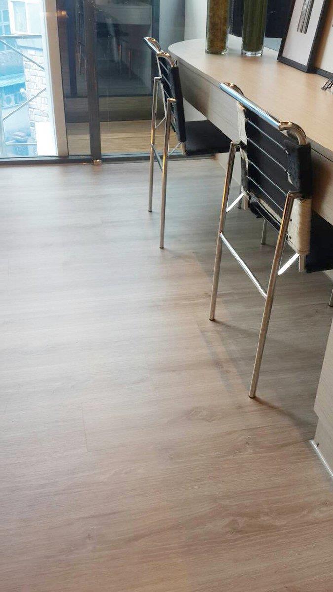 對於想要擁有木地板質感但又要兼具耐用耐磨特性的消費者來說,超耐磨地板的推出無疑是一個福音!圖片提供_地板王