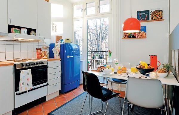 善用 IKEA 配件、新舊家具的混搭,適度留白等技巧,讓 16 坪老屋空間再度容光煥發!