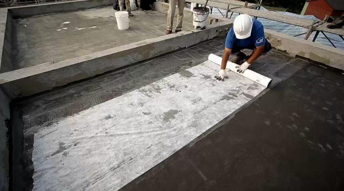 第五道防水加不織布,增加抗拉程度。