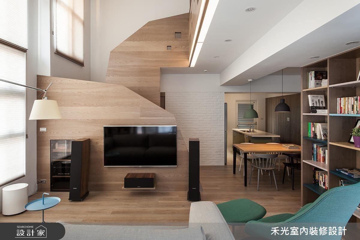 斜切的樓梯扶手介面與鑿孔,成功打破梯線的存在感,反而為空間增添生動層次。