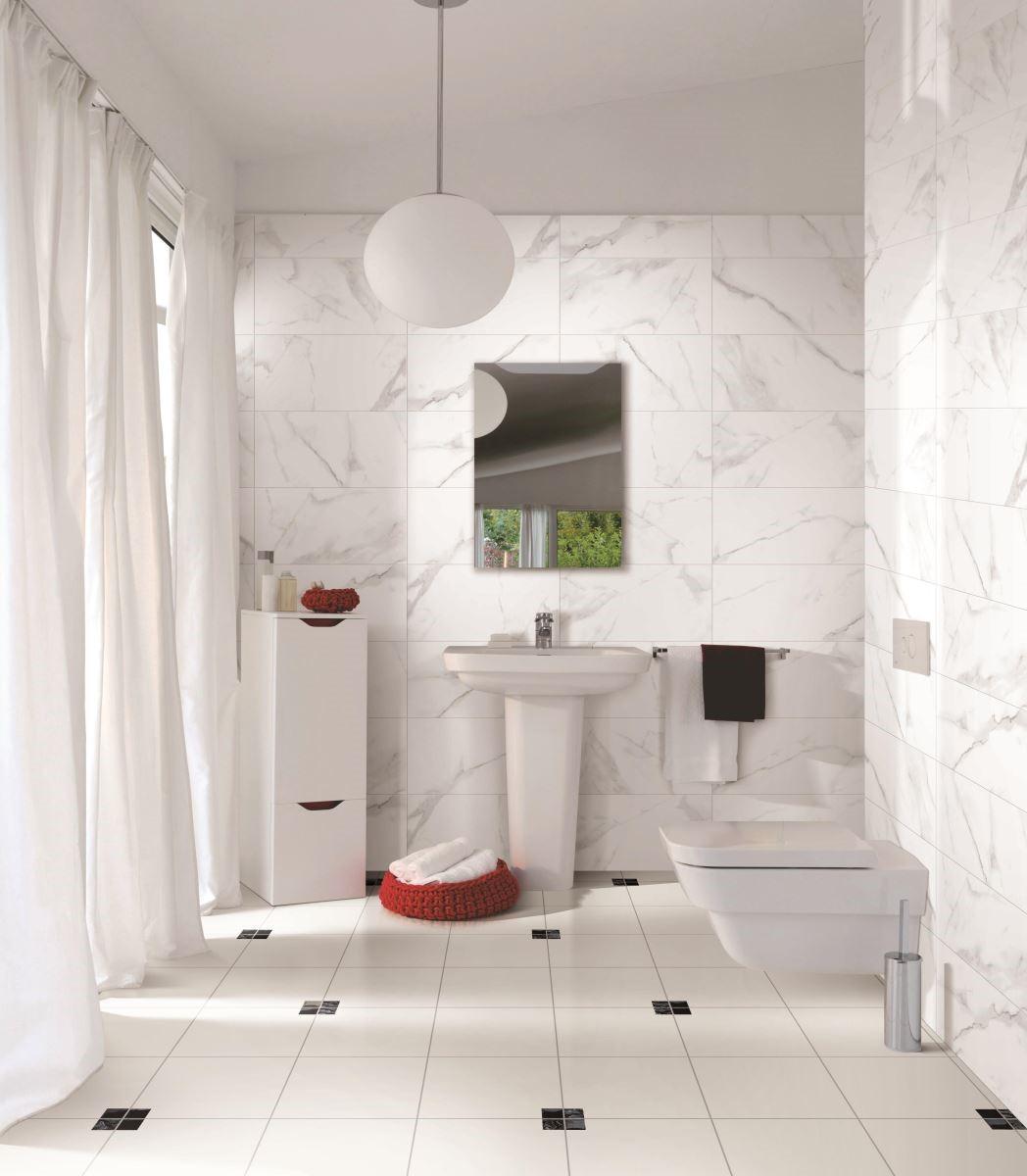在浴廁空間,今年度大面積花色的磁磚大受好評,材質上則是防滑、有觸感的質地越來越被重視。