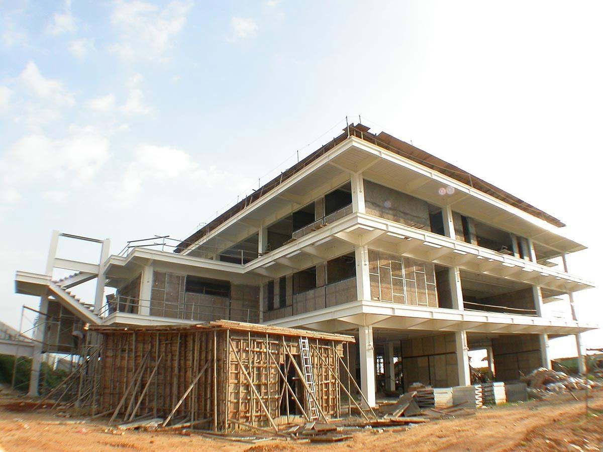 鑽泥板實際用在建築外層的隔熱實例。