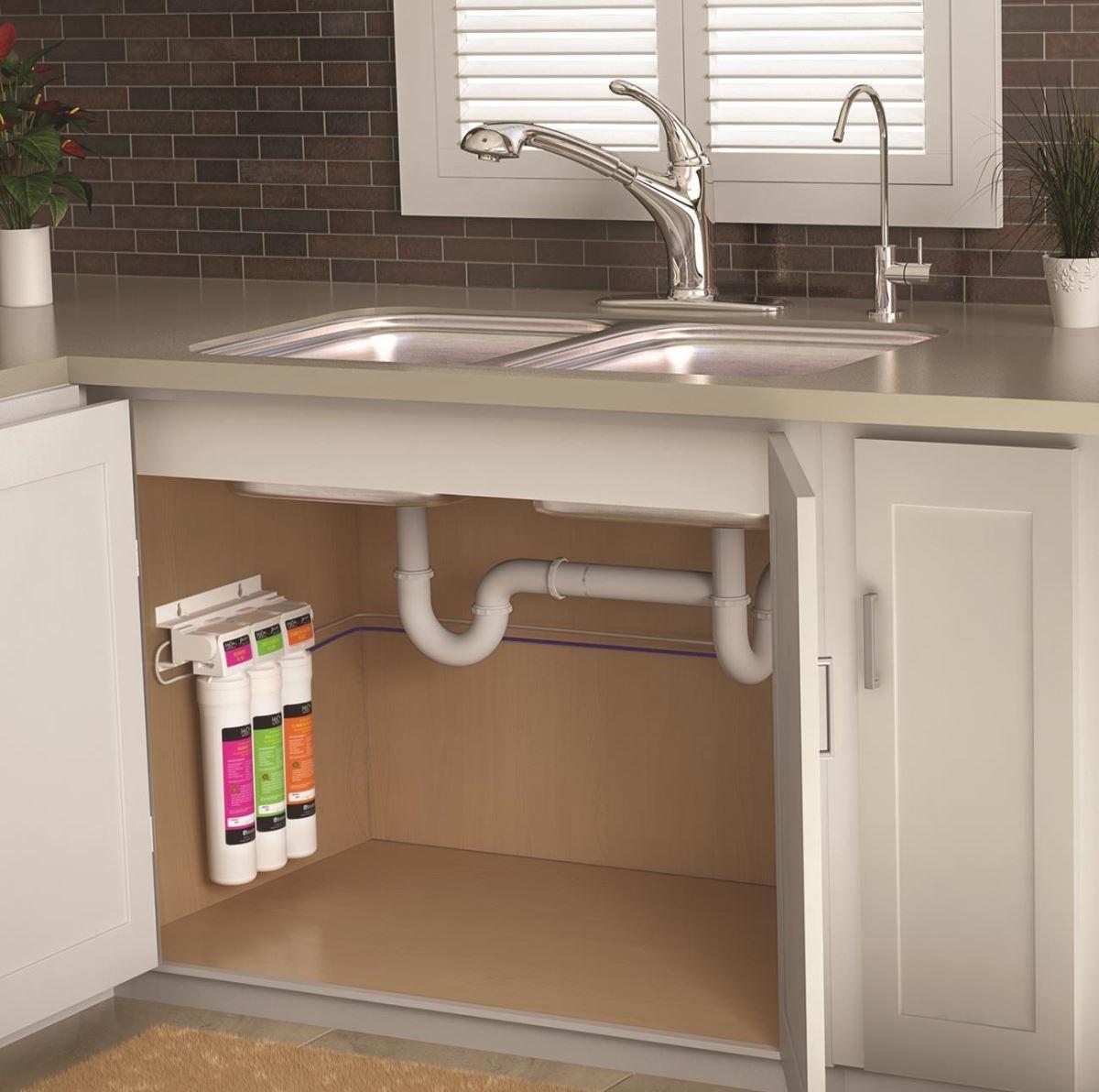 H2O+櫥下式濾水系統/圖片提供:Brondell