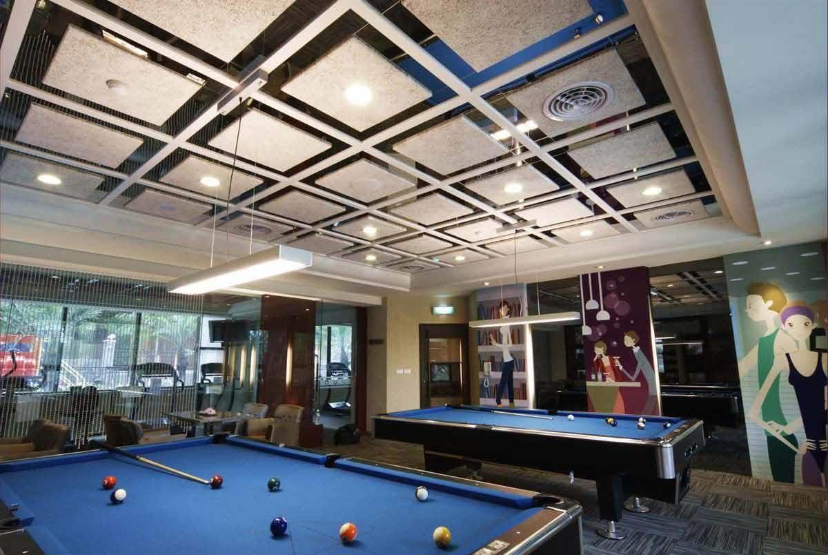 利用美絲吸音板融入室內設計,精心設計的天花板工程,是目前最受歡迎的室內吸音作法。