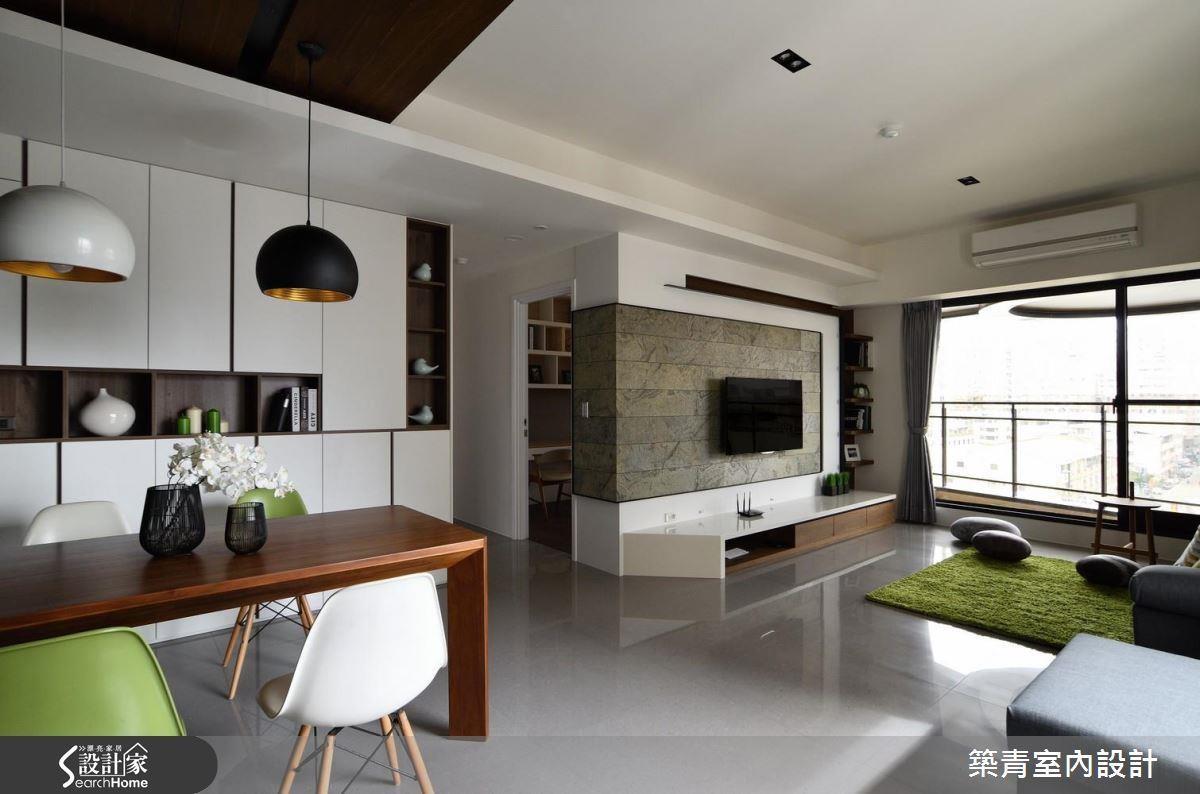 建議在預售屋施工前就與設計師配合,討論風格與格局,不需要的建材、隔間與衛浴設備皆可辦退,進一步節省預算。