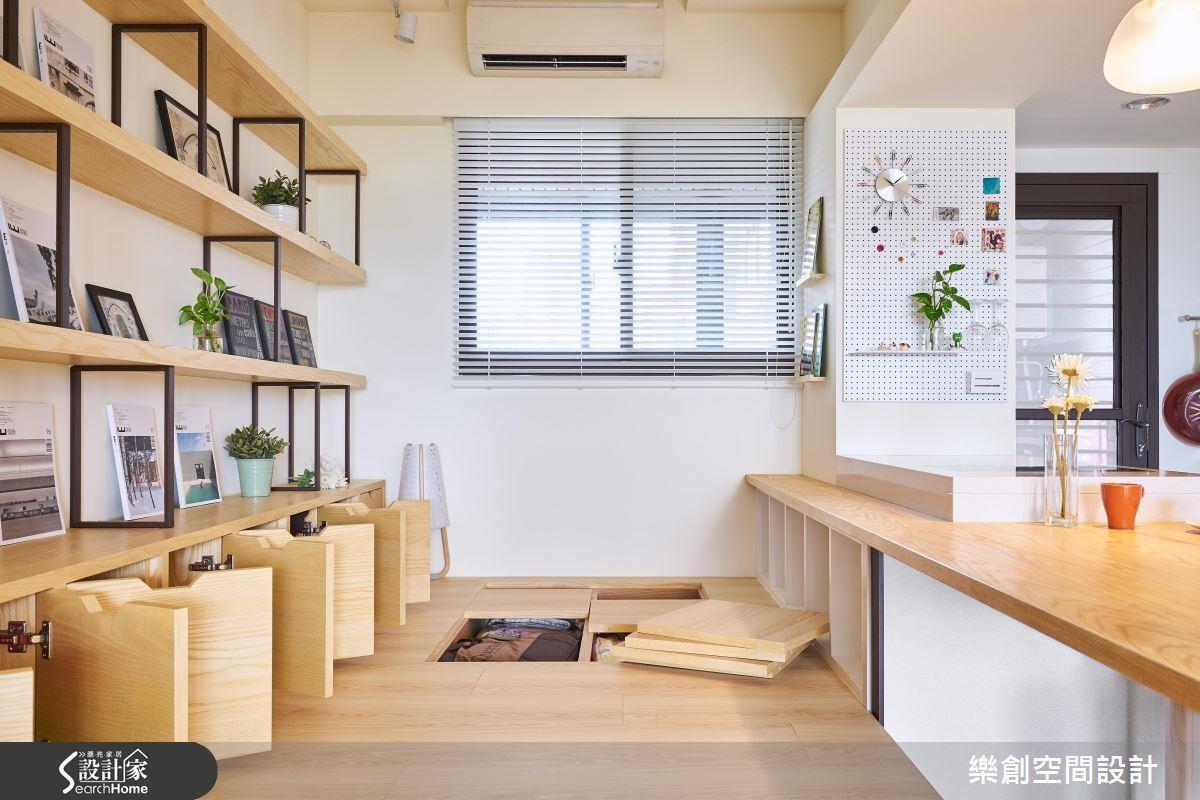 在廚房與多功能和室之間以吧台結合雙面電器櫃與長桌的設計,能大幅提升家人間的互動度,更方便家長對幼兒的照看。