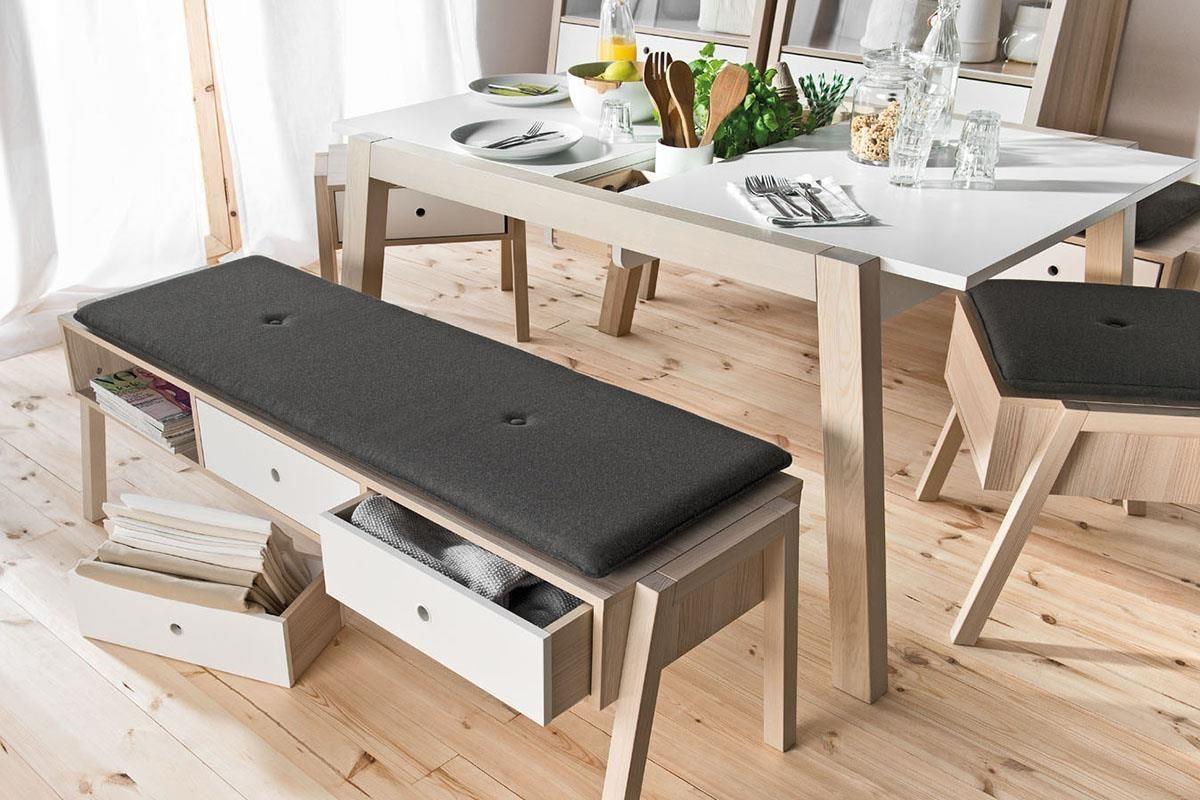 SPOT 系列這款長凳搭配軟墊,既是坐具也是實用拉抽櫃,抽屜本身還能單獨取下成為活動收納格。