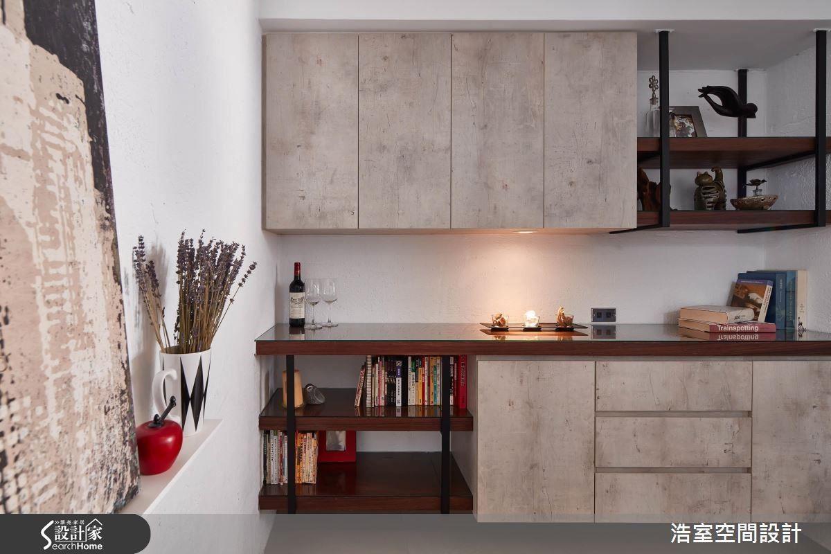 柔和精緻的擺設搭配,為空間挹注一股輕盈舒適。