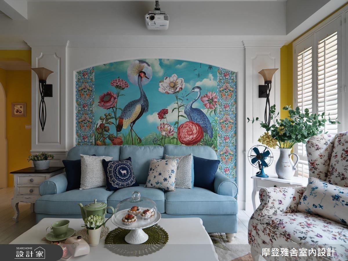 大面積的花鳥意象森林系壁紙,讓一家人宛如置身在精靈國度中。