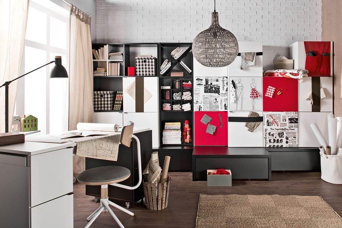 Young User 轉變風格像換裝一樣容易,幫家具櫃門板穿上玩味設計,立刻展現出工作室的清新知性。