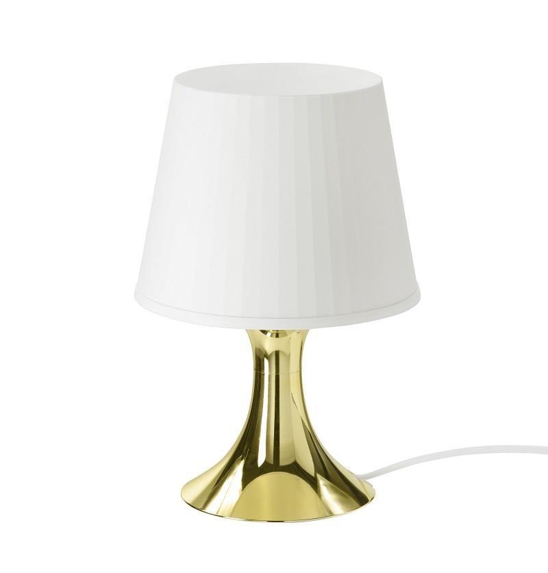 家飾品也有許多令人眼睛為之一亮的新品,經典LAMPAN桌燈推出新款式,白色與金色的搭配,創造獨特華麗風格。圖片提供_IKEA