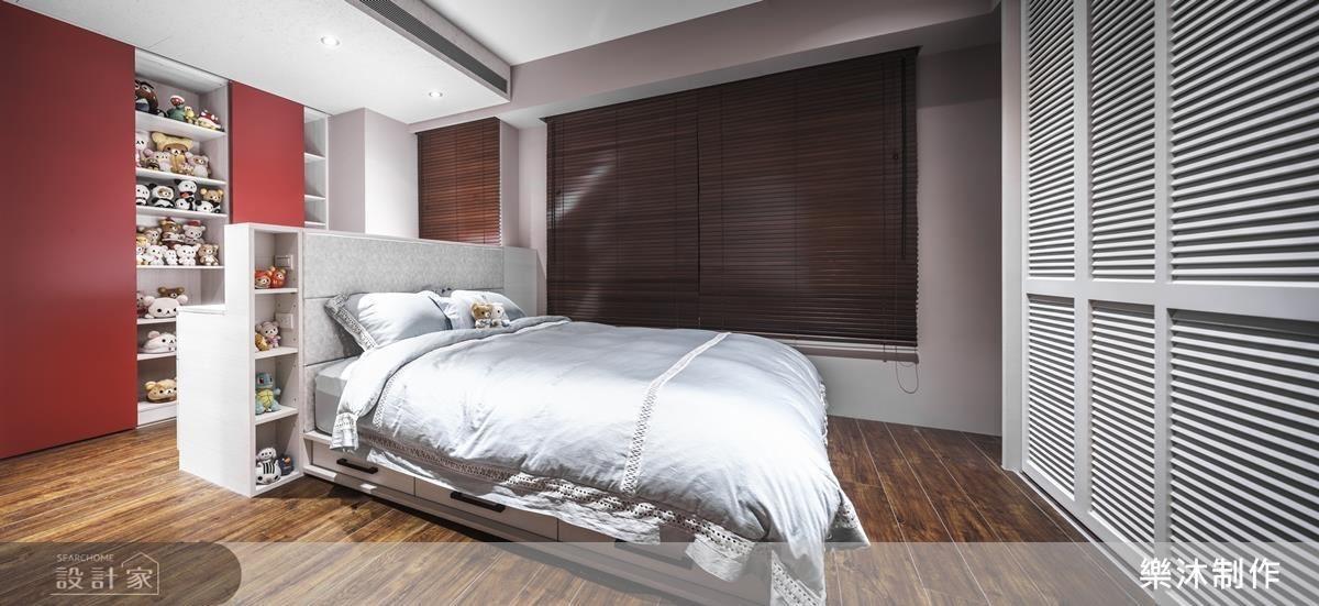 臥室區域,以舒適好眠為主,顏色以美式為主,搶眼的紅色背板,增加空間性格,並不影響睡眠品質。