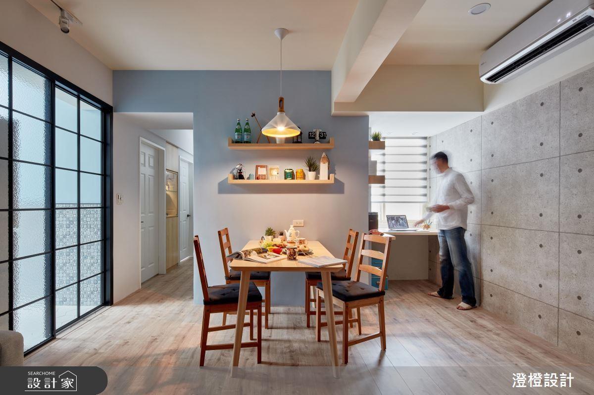 老屋最容易發生採光不均、光線不足問題,利用大面積玻璃隔間援引光線是常見的方式之一。 看完整穿透設計>> 點此看圖庫